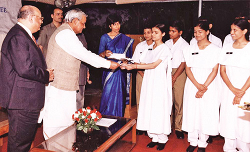 PM Vajpayee at New Delhi launch